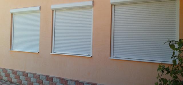 Dacă ești preocupat de siguranță și confort pentru familia și casa ta alege ca soluție rulourile exterioare. Rulourile sunt dispozitive care cresc gradul de confort al locuințelor prin protecția termică […]