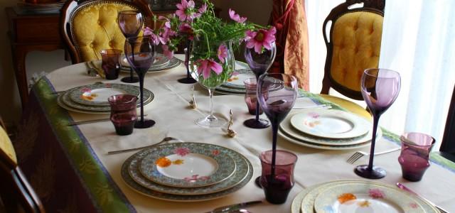 Dacă vă place să gătiți, cu siguranță aveți deseori invitați la masă. Îi invitați poate la sfârșit de săptămână și începeți să vă gândiți la meniu, dar și la cum […]