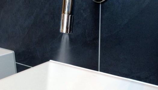Cu ceva timp în urmă am scris un articoldespre un robinet inovator care scade consumul de apă cu 90%. Revenim acum și cu povestea din spatele acestui robinet, pe care […]