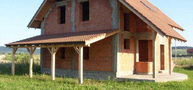 Un proiect de casă presupune cheltuieli mari și decizii luate cu multă atenție. Vă puteți orienta spre case nefinalizate, case la roșu, ca să economisiți și să aveți un control […]