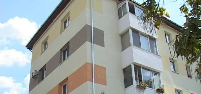 Primăria Municipiului Timișoara a anunțat că avem un regulament local cu privire la culorile pe care proprietarii de case le pot alege pentru fațade. Vă redăm mai jos câteva informații […]